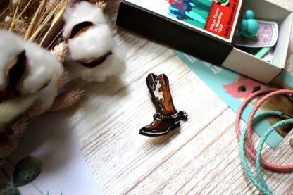 ковбойский ботинок брошка